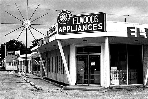 Elwoods Appliances on Lower Huntington Road in Fort Wayne.
